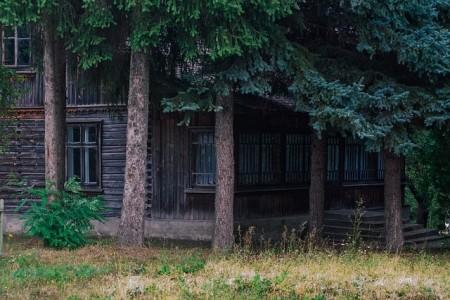 house-889223_640